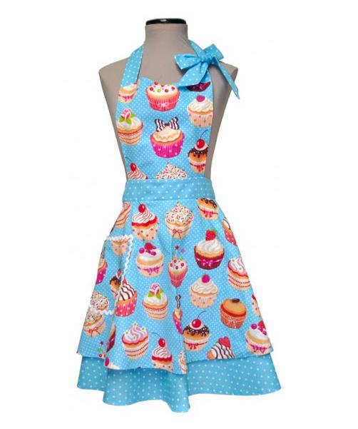 Chica de vajilla vintage con delantal